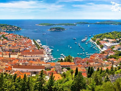 Hvar Island, direct contact with the owners of the accommodation