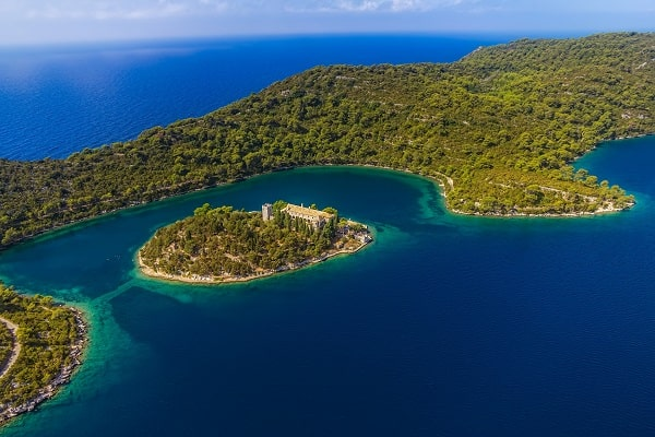 Apartments and private accommodation Mljet Croatia