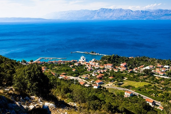 Apartments and private accommodation Trpanj Croatia