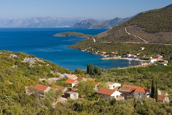 Apartments and private accommodation Brijesta Croatia