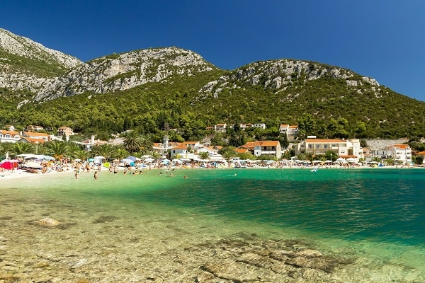 Apartments and private accommodation Klek Croatia
