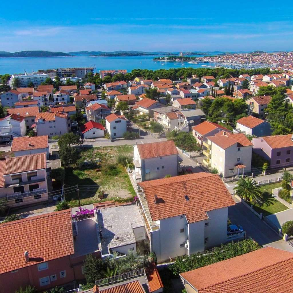 Apartments NERA Vodice - Croatia