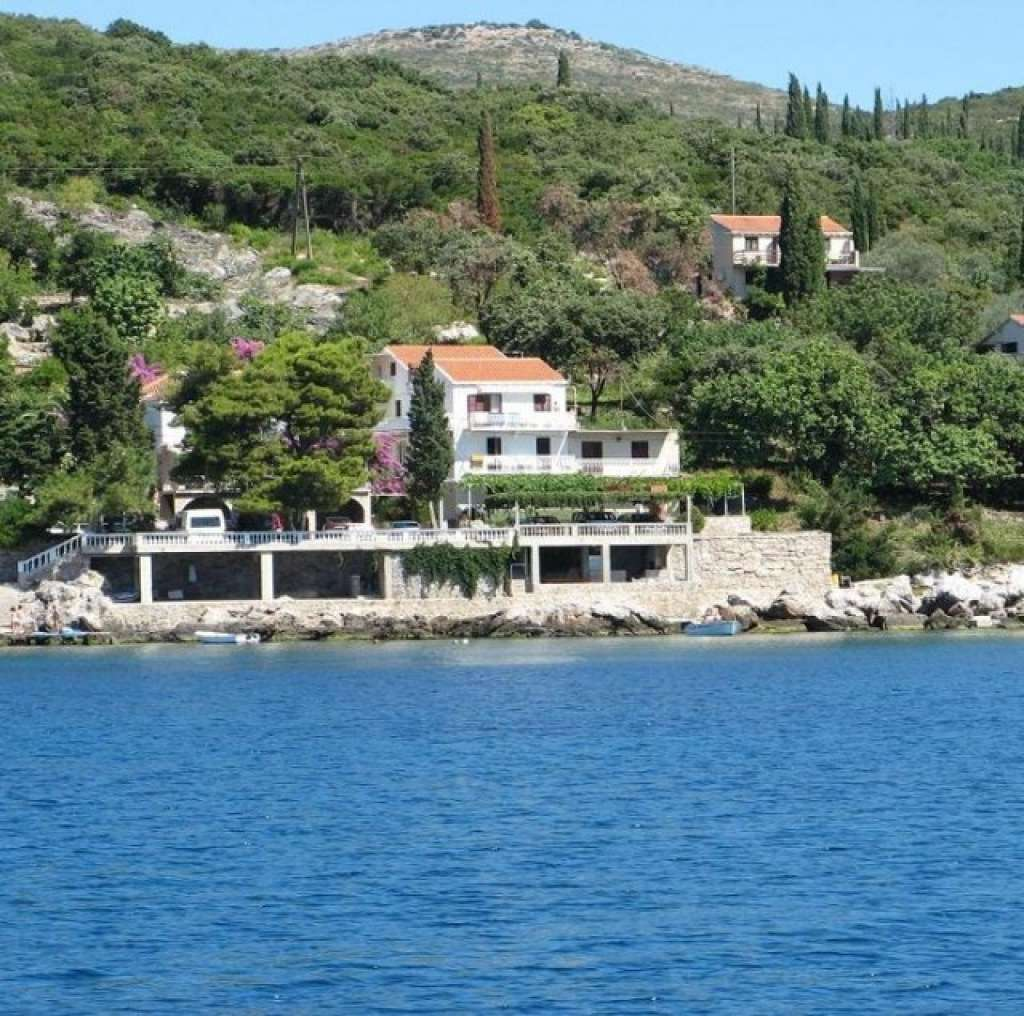 Apartments Miovic Molunat - Croatia