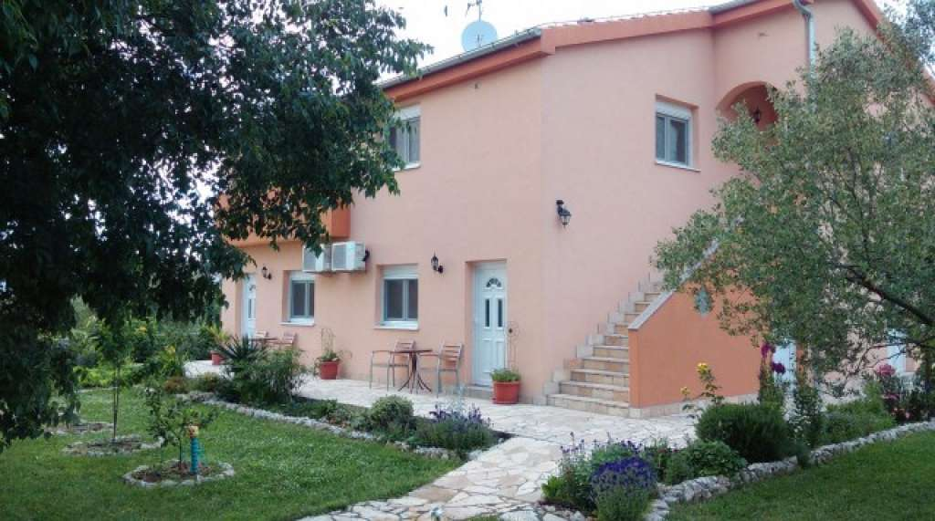 Apartments Petra Biograd - Croatia