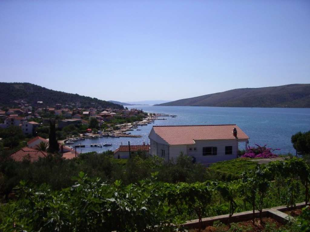 Holiday homes Ana Marina - Croatia